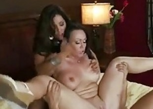 BIG TIT BRUNETTE DAUGHTER CAUGHT FUCKING ANAL THREESOME WITH MOM