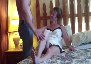 Older wife sitll fucks like a junior girl