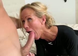 Blonde pornstars milf sucks a cock