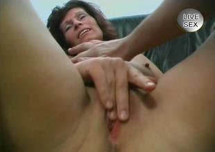 Handjob and blowjob - Julia Reaves