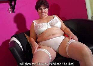 OmaHotel Slender granny masturbates and fat granny posing
