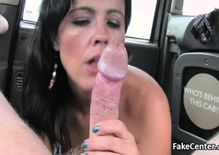 Mature lady fucked in public taxi