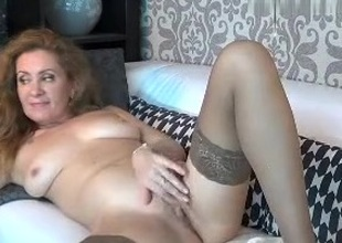 sex_squirter intimate movie scene 07/09/15 on 10:44 from MyFreecams