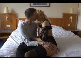 Aged in stockings fuck with junior guy