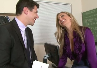 He had no chance in the world when Julia Ann turned on her MILF allure and started seducing him. the guy cannot resist her charm, her biggest tits and her invitation to slide his hand down her panties.