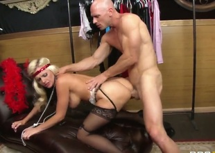 Alena Croft is the blonde pussy Johnny Sins is going to be pounding today real hard, just like a true bitch with big tits wearing lingerie deserves to get pounded.