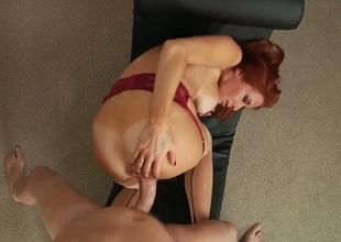 Tanlined redheaded MILF Veronica Avluv with large melons shows off her nice bottom as she gets her mature hole drilled by stiff thick cock from behind in POV. This smoking hot mom cant get enough!