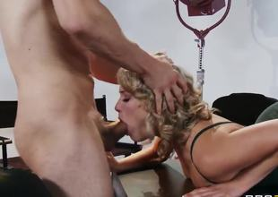 Giggly Mia Malkova understands that that babe hopes to get a immense fucking tool in her poon today. Her neighbor with mammoth and lustful pecker impales her twat so hardcore that call cutie cums impossibly loud