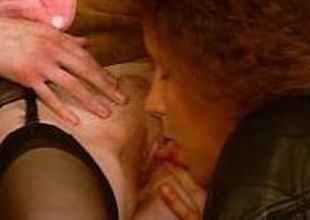 Mature Euro lesbians licking pussy