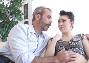 Hot playgirl Aria Alexander makes her dad feel better