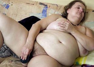 OmaHotel Fat and skinny girl masturbate each alone