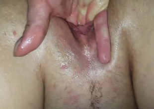BBW Gusher - Fingering her Soaking Wet Pussy