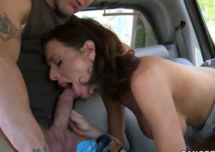 Busty Veronica Avluv copulates her new porn manager right in the car on the road at the villa, where this guy will test her experience.
