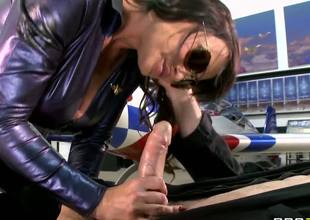 Porn stars like it big, with MILF Lisa Ann and her handsome stud Jordon Ash. this bubbly brunette has a fantastic pair of huge tits and after getting her studs massive hard cock all wet she lets him slide it up and down between them.