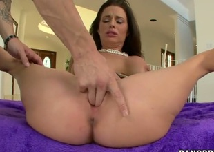 Dark haired MILF Veronica Avluv bares her huge hooters and spreads her legs. She gets her cunt fingered and licked by a excited dude then sucks his dong on her knees. Veronica Avluv is fucking horny.