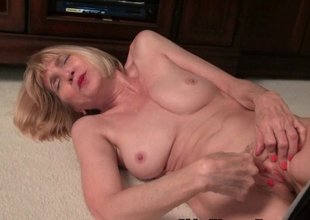 Skinny grandma Bossy Rider disrobes off and shows her tight pussy