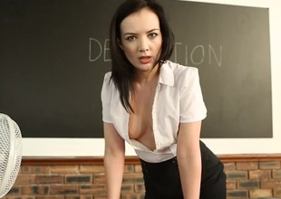 Strict teacher flashes her tits in detention