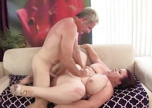Randy plumper loves to fuck