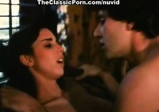 Nicole Black, John Leslie in hot sex video with classic
