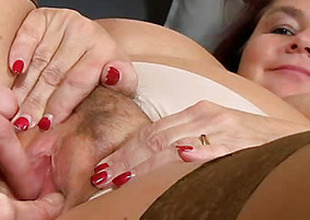Fat cougar Eva aged vagina dildo-fucking pov