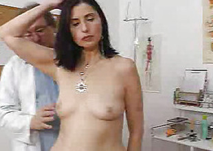 Gray gilf mom gray bushy slit inspection