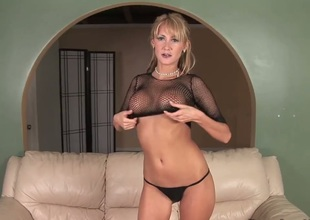 Theres nobody but Jerilyn Paige in the room but that doesnt mean young milf wont be able to enjoy herself. She can get satisfied even without a cock.