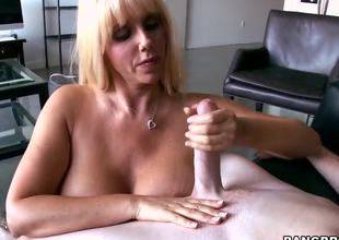 Breasty blonde chick Karen Fisher looks amazing! Now she becomes nude before man, plays with his long shlong by tender hands and feels how the tool enters her snatch.
