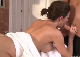 Veronica Avluv, while staying in a hotel, calls the front desk for a complimentary massage.Johnny decides to fulfill Veronicas wish for a full body massage and his own wish to fill her up with his cock.