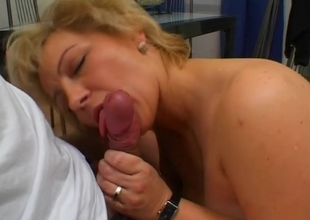 She s Got The Experiance - Julia Reaves