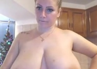 I LOVE Giant NATURAL BOUNCING FUCKING BOOBS