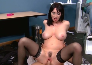 Dr. Johnny Sins loses control as soon as beautiful big titted MILF RayVeness shows up. Passionate well stacked woman in nylons takes his boner in her dripping wet pink fuck hole eagerly!