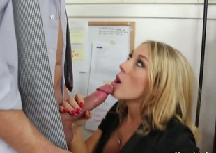 Alec Knight makes his rock solid schlong disappear in hot bodied Amber Ashlees wet spot