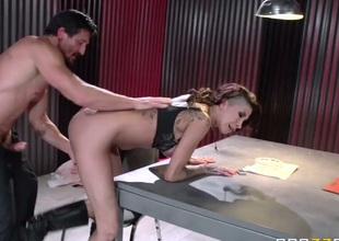 Tommy Gunn enjoys sinfully sexy Kayla Carreras constricted asshole in anal sex action