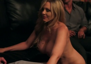Rocco Reed gets enjoyment from fucking Asian Julia Ann with phat ass and trimmed twat