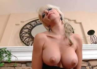 Big titty bimbo milf riding her sextoy lustily