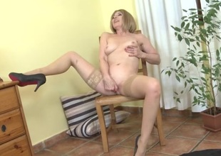 Finger fucking granny has a rather lovely body
