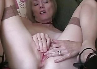 GILF Loves The Taste Of Cum